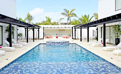 Chic by Royalton Punta Cana piscina