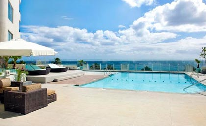 Crowne Plaza Santo Domingo pool view