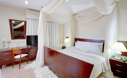 Hodelpa Caribe Colonial Santo Domingo room